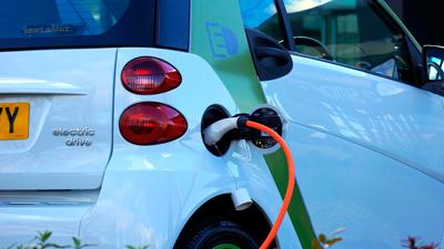 Punto de recarga coche eléctrico